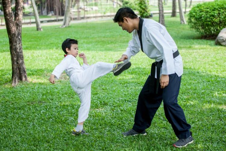 Dạy kỹ năng sống cho trẻ